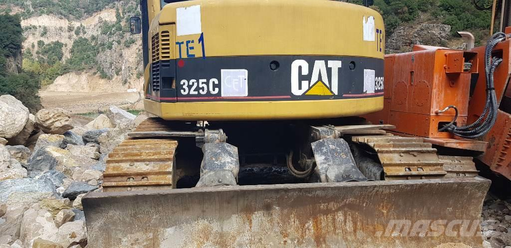 Caterpillar 325 C CR tunnel excavator