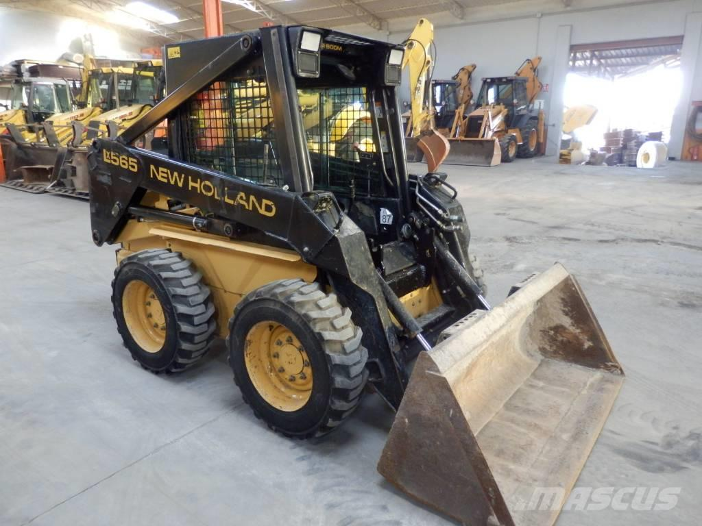 New Holland LX 565