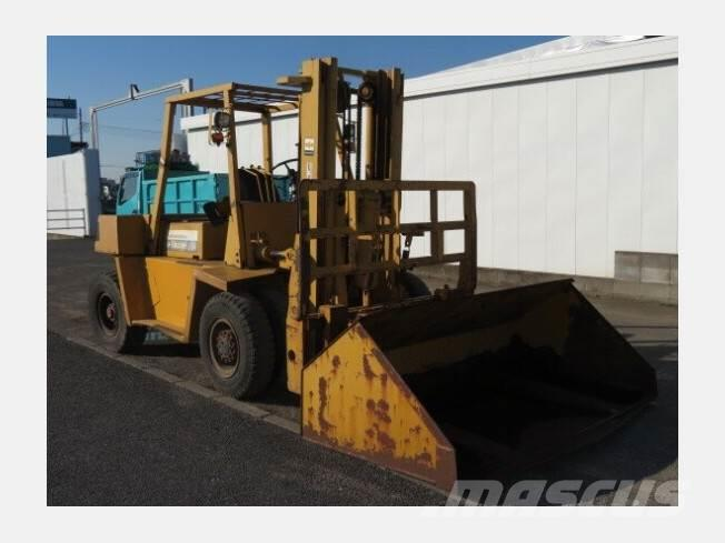 Used Komatsu FD60H-4 forklift trucks - others Year: 1960 for sale