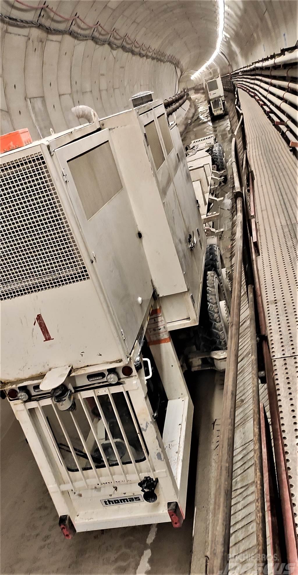 Thomas CONSTRUCTEUR Train sur Pneus 55t (55-320)