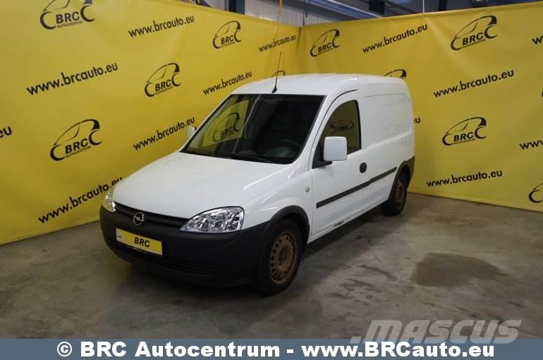 opel combo occasion prix 2 250 ann e d 39 immatriculation 2011 utilitaire opel combo. Black Bedroom Furniture Sets. Home Design Ideas