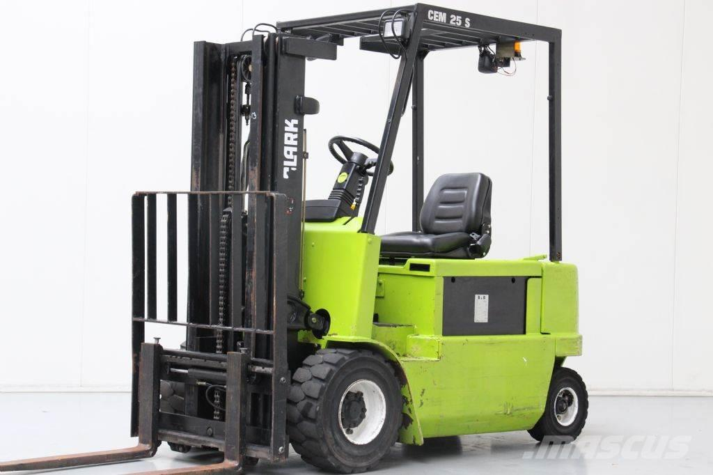 Used clark cem25s electric forklift trucks year 2001 for for Forklift electric motor for sale