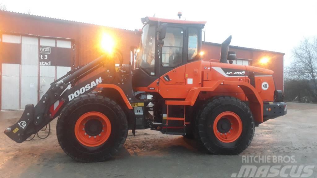 Doosan DL 250 TC-5 Lastare, SNÖUTRUSTAD, Uthyres