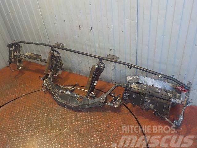 Mercedes-Benz Actros MPIII Dash frame 9436800655