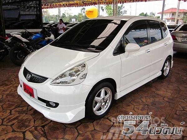 Honda JAZZ 03 06 15 VTEC X Treme AT