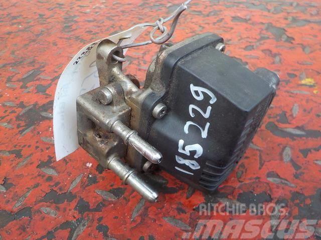 Scania P,G,R series EAS dosing unit 2238324