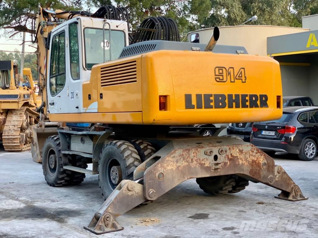 Liebherr A914C