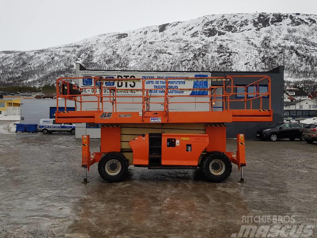 JLG 4394 RT terrenggående sakselift (på lager)