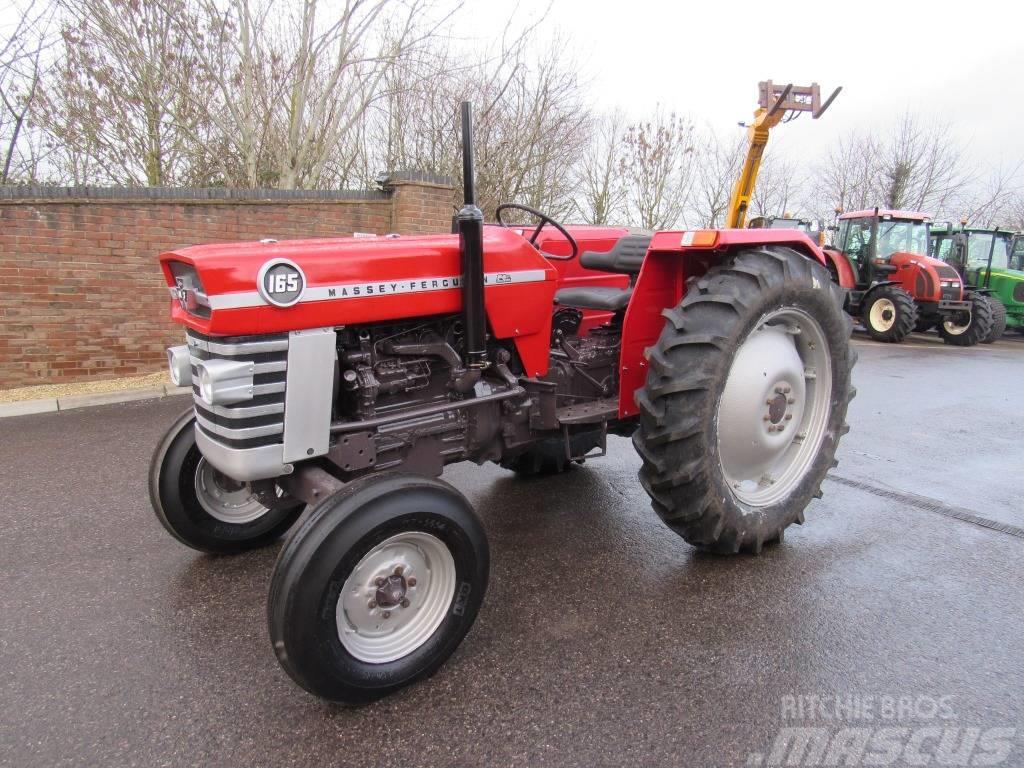 Massey Ferguson 165