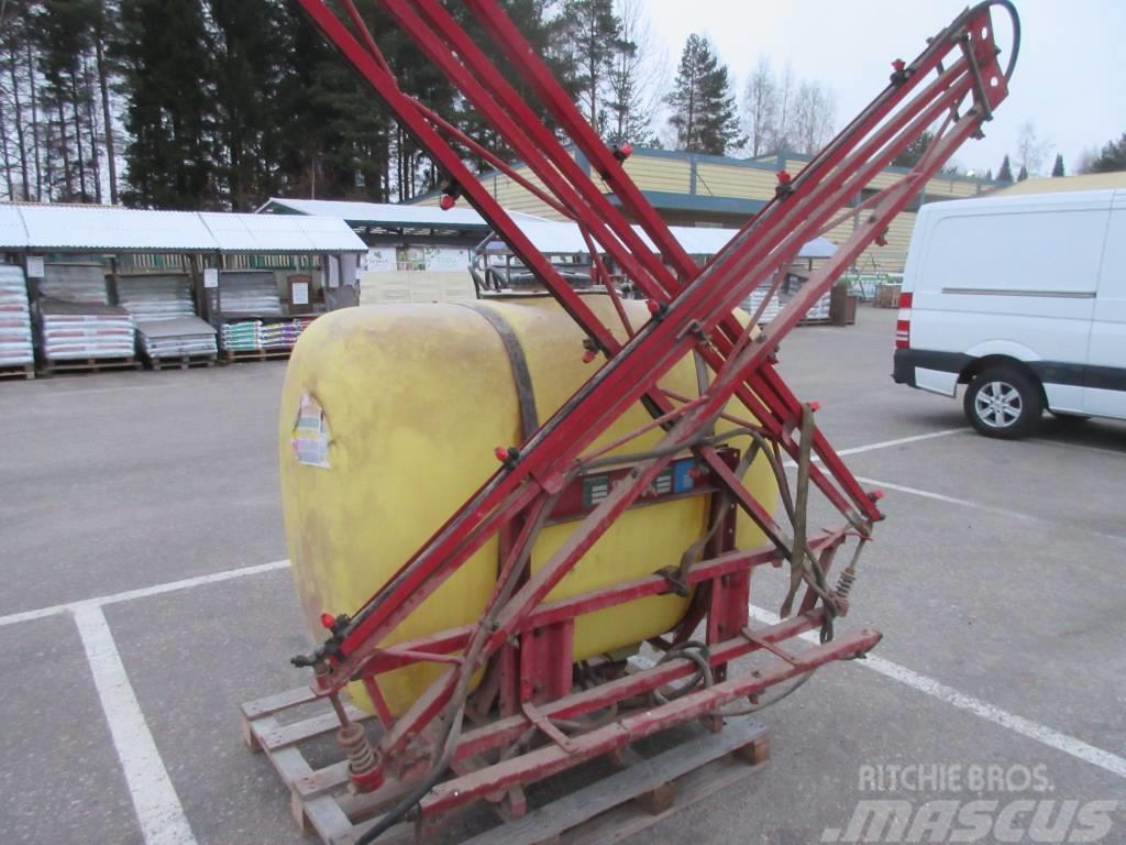 Hardi 850 litraa 12 metriä