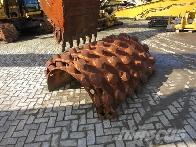 Caterpillar CS423E