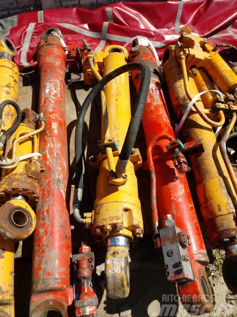 Liebherr Siłownik Liebherr Hydraulic cylinder 157 70 100