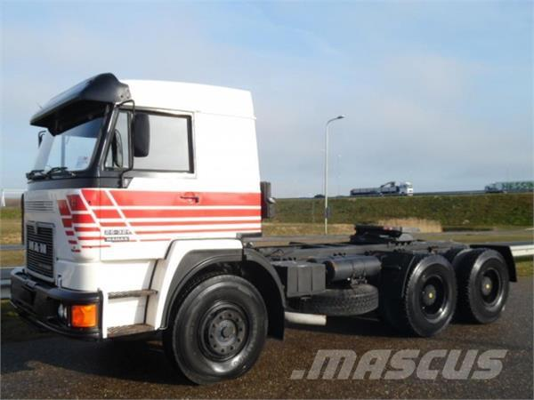 MAN 26.321 6x4 tractor head unused 3 units available!