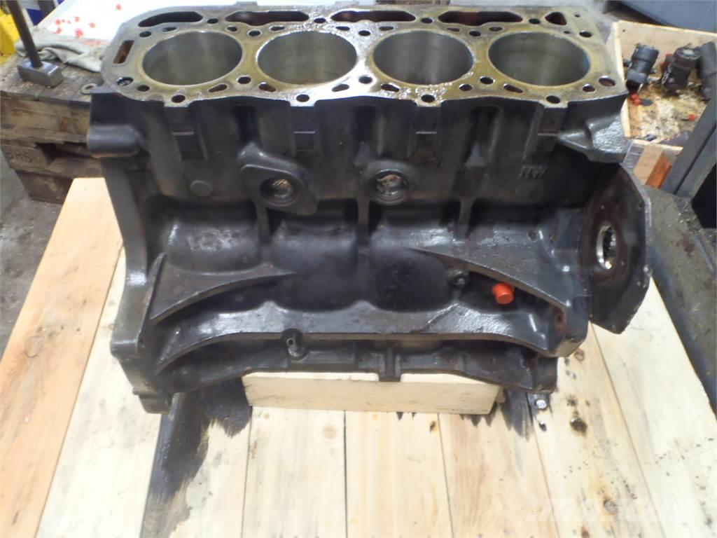 [Other] Short Block Ford 6640