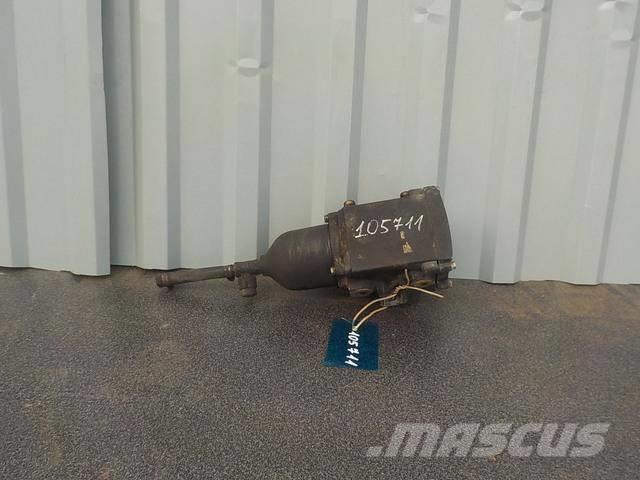 MAN TGA Fuel separator 81125016075 2000 81125016084