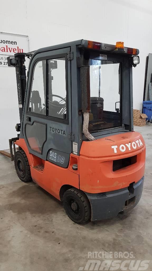 Toyota 02-7 FD F 18