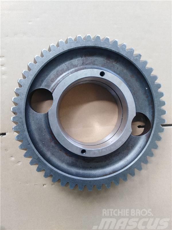 Komatsu D85 gear