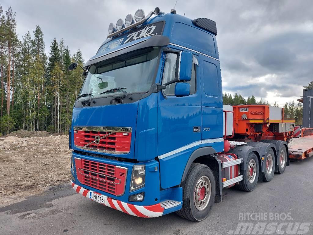 Volvo FH16 700 8X4