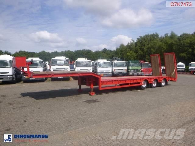 King Semi-lowbed trailer + ramps