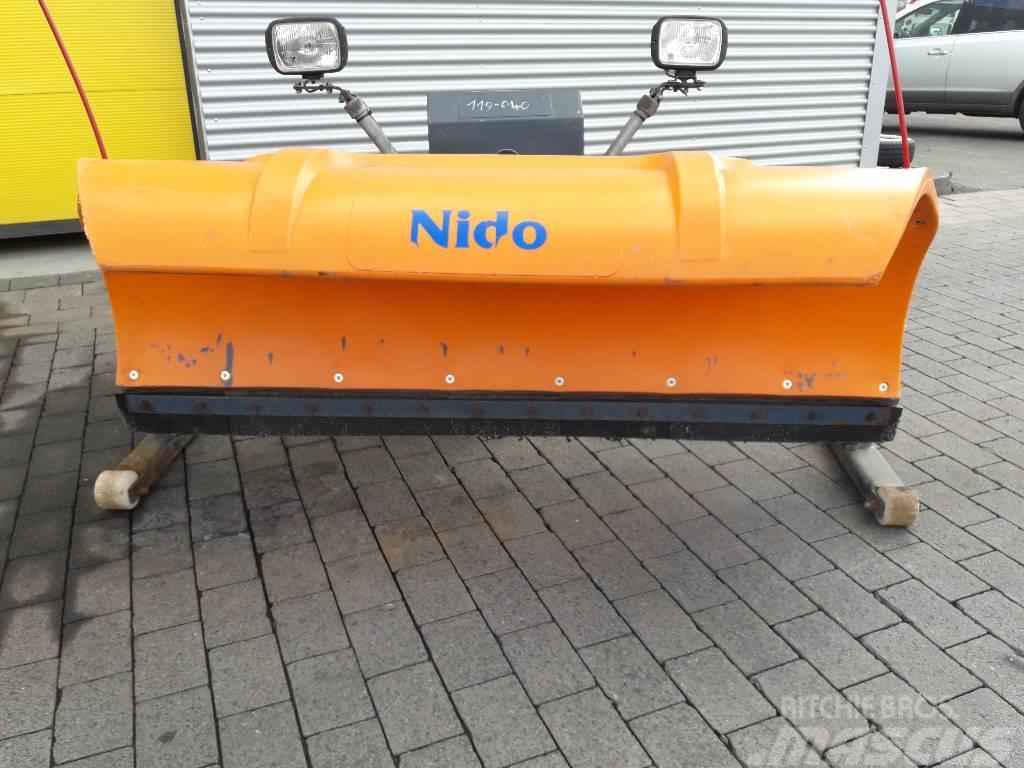 Schmidt Nido Schneepflug 2,10 m, m.12 V Elektro-Hydraulik