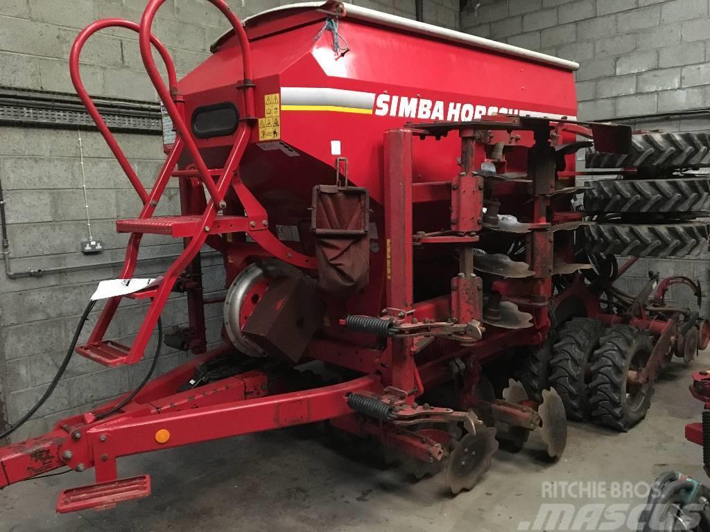 Horsch 4 DC Grain and fertilizer