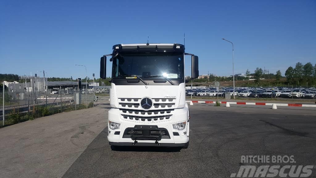 Mercedes-Benz 2853 L 6x2