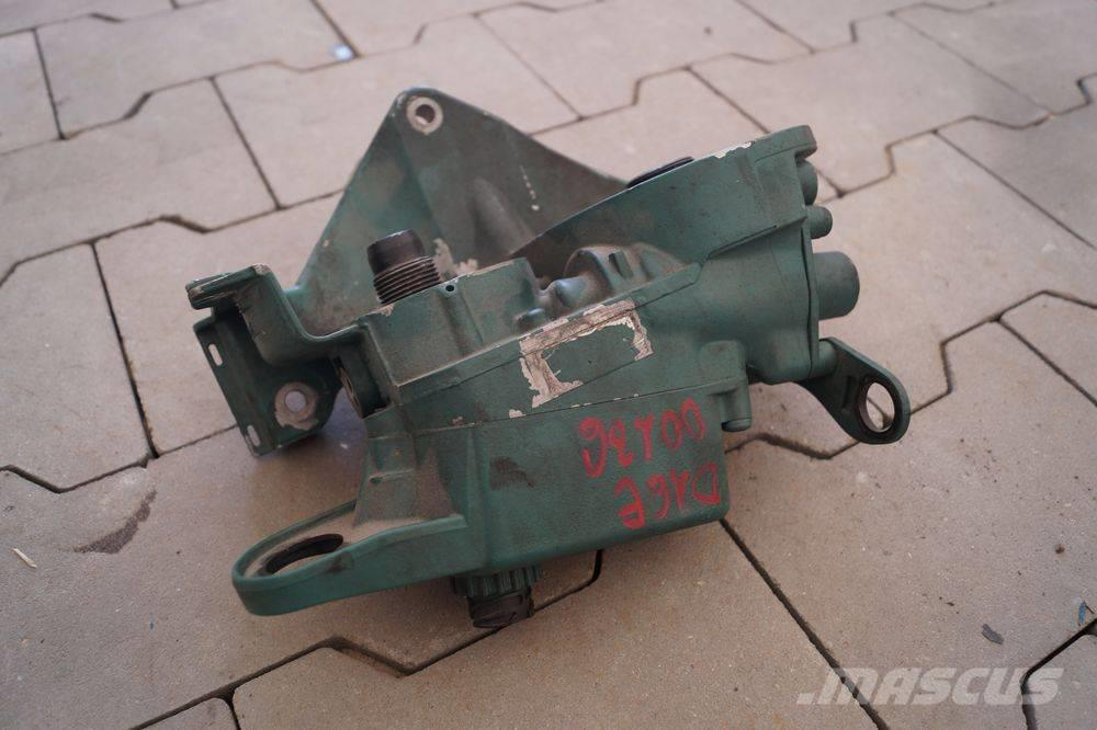 Volvo FH12  / FUEL FILTER HOUSING