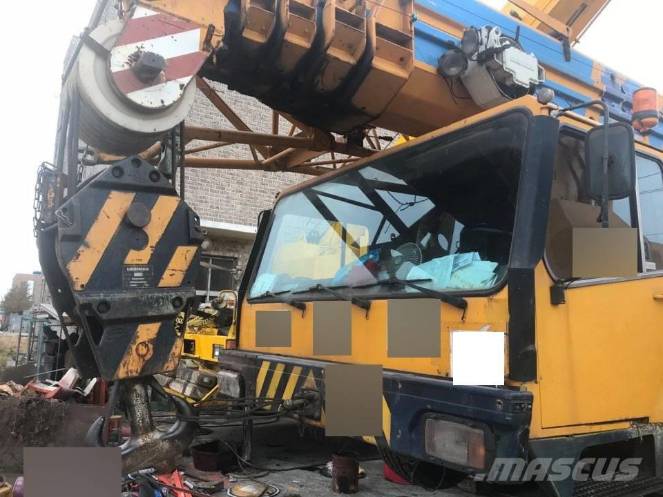 Liebherr LTM1100