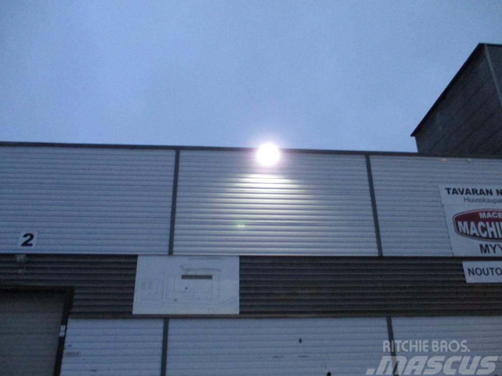 [Other] Suuriteho LED-valaisin 150W ulkokäyttöön (Q08)