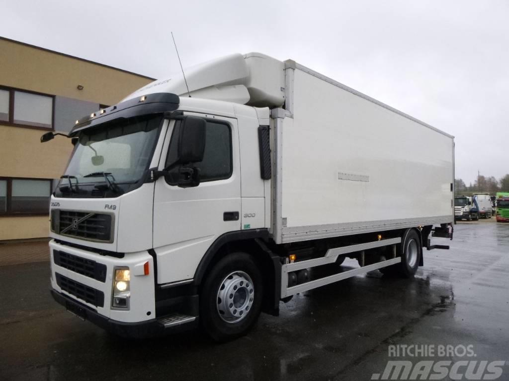 Volvo FM9 4x2+MANUAL+LIFT