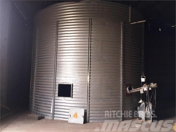 rundsilo occasion prix 1 200 cellule silo rundsilo vendre mascus france. Black Bedroom Furniture Sets. Home Design Ideas