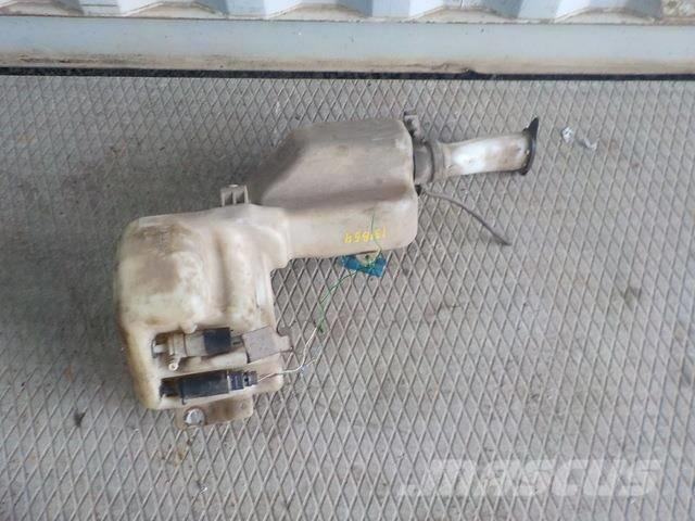 Volvo FH Windscreen washer reservoir 20360594 20382655