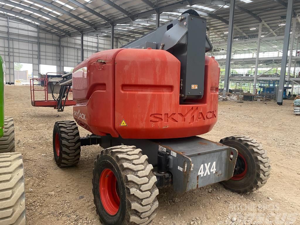 SkyJack 63AJ