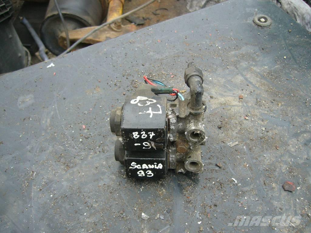 Scania 93 valve