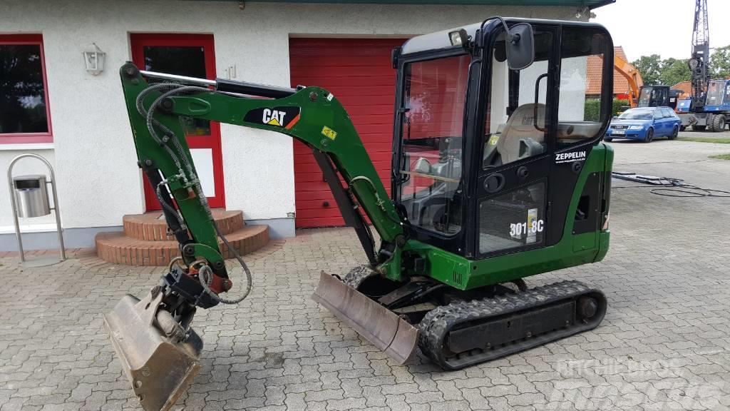 Caterpillar 301.8 C 2640 std Verstellfahrwerk