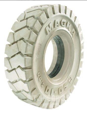 [Other] Magna 355/65 - 15 Magna Nm STD