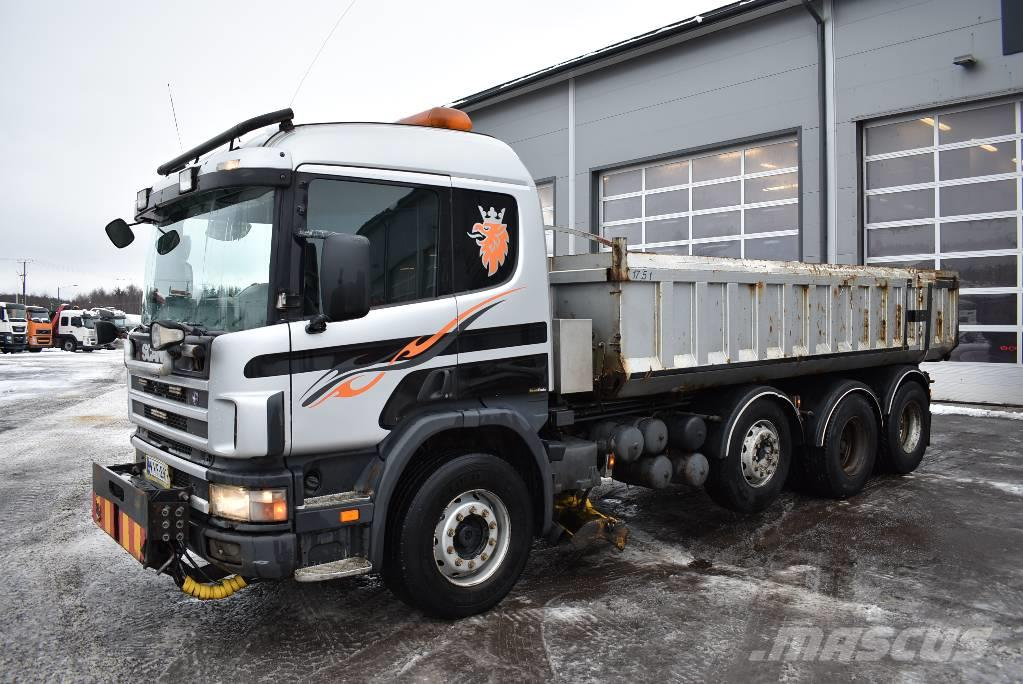 Scania P124 8x4