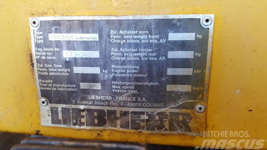 Liebherr R 942