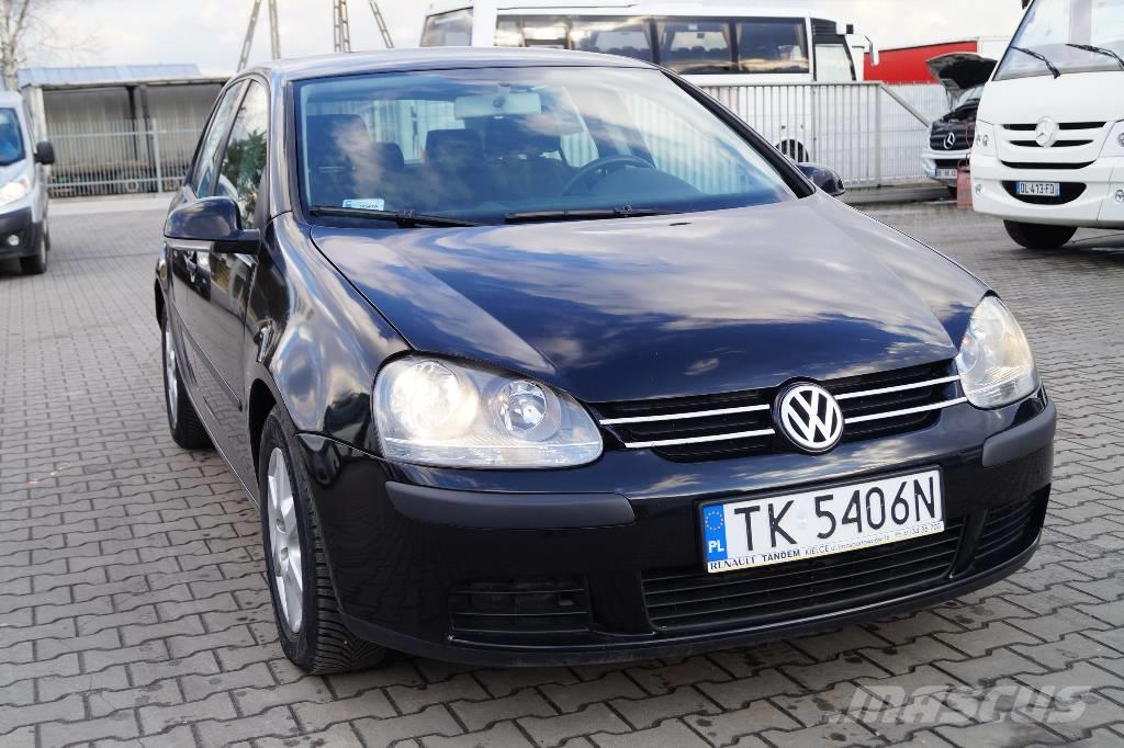 volkswagen golf occasion prix 3 234 ann e d 39 immatriculation 2004 voiture volkswagen. Black Bedroom Furniture Sets. Home Design Ideas