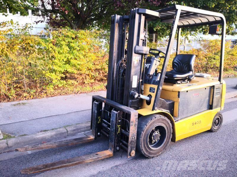 Caterpillar EP30K-PAC