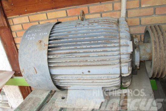 MB Trac 30 KW 1459 U / Minn