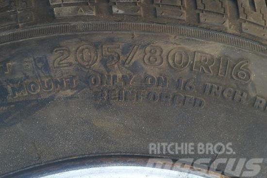 [Other] 205/80/16 ΓΙΑ 4Χ4
