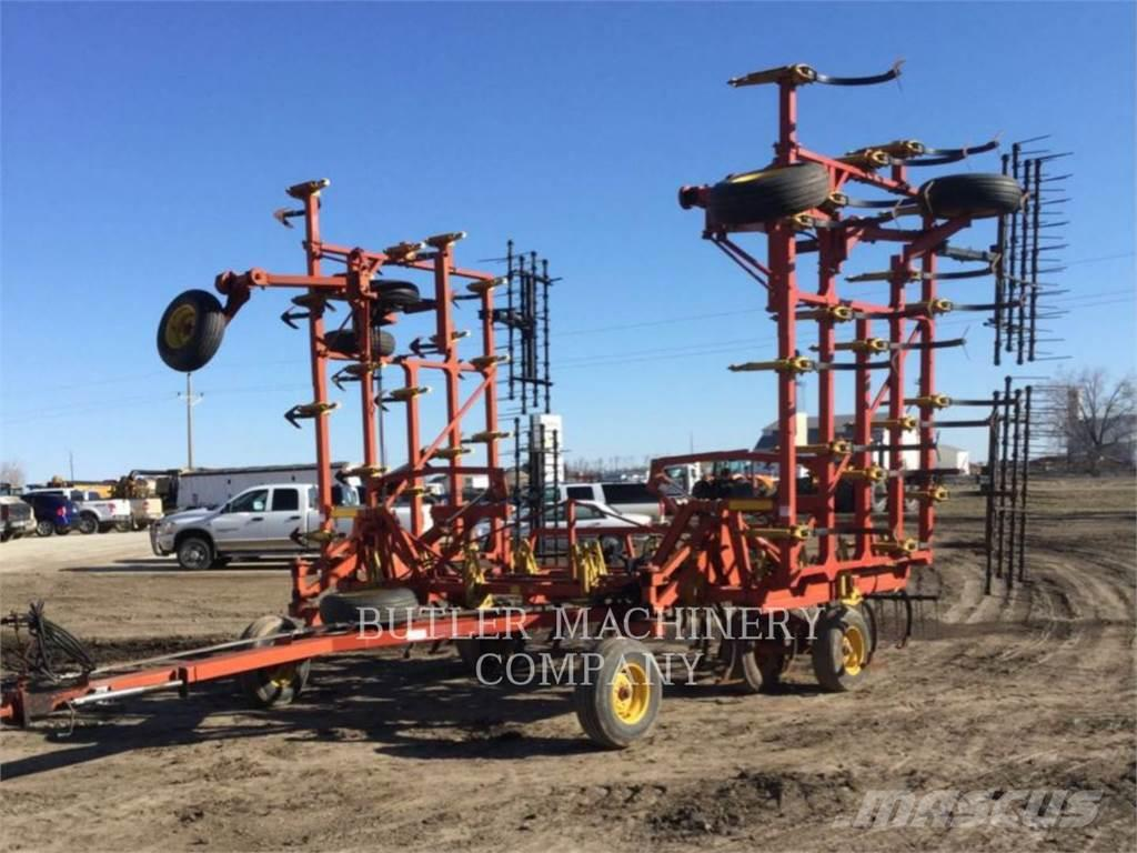 Bourgault 8800-40, 2002, Other tillage machines and accessories