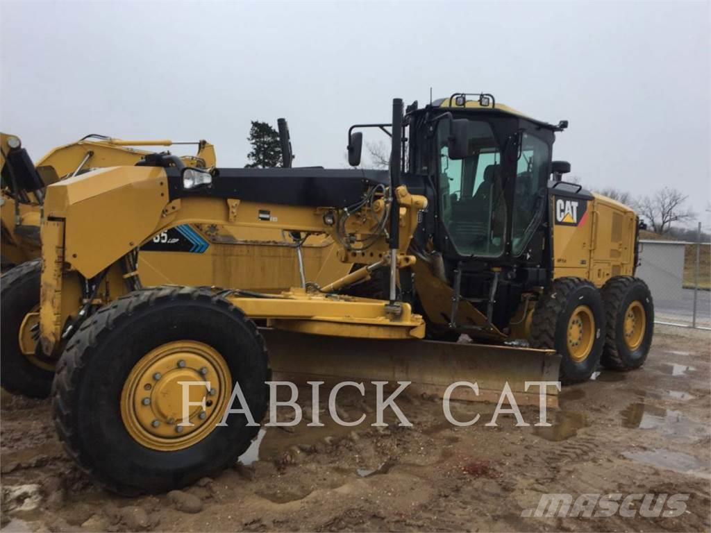 Caterpillar 120M2AWD