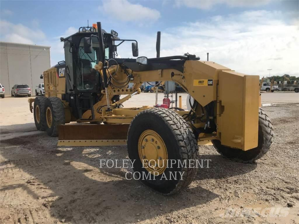 Caterpillar 12M2AWD