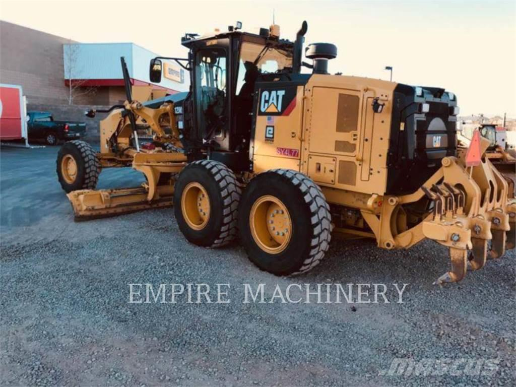 Caterpillar 12M3AWD