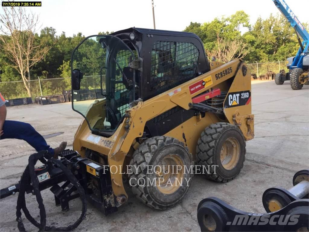 Caterpillar 236DSTD1CA