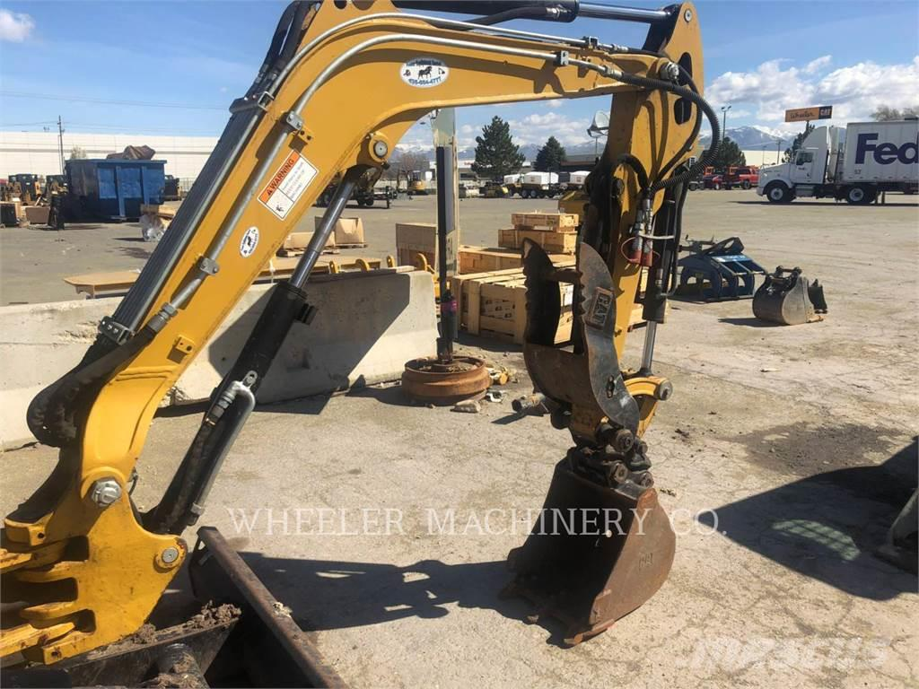 Caterpillar 302.7DC1TH