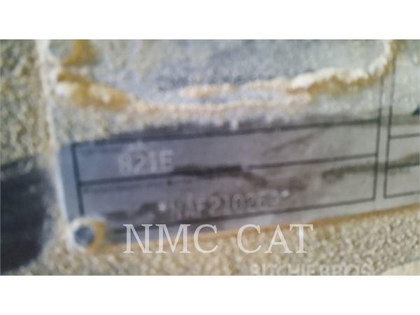Caterpillar 821E