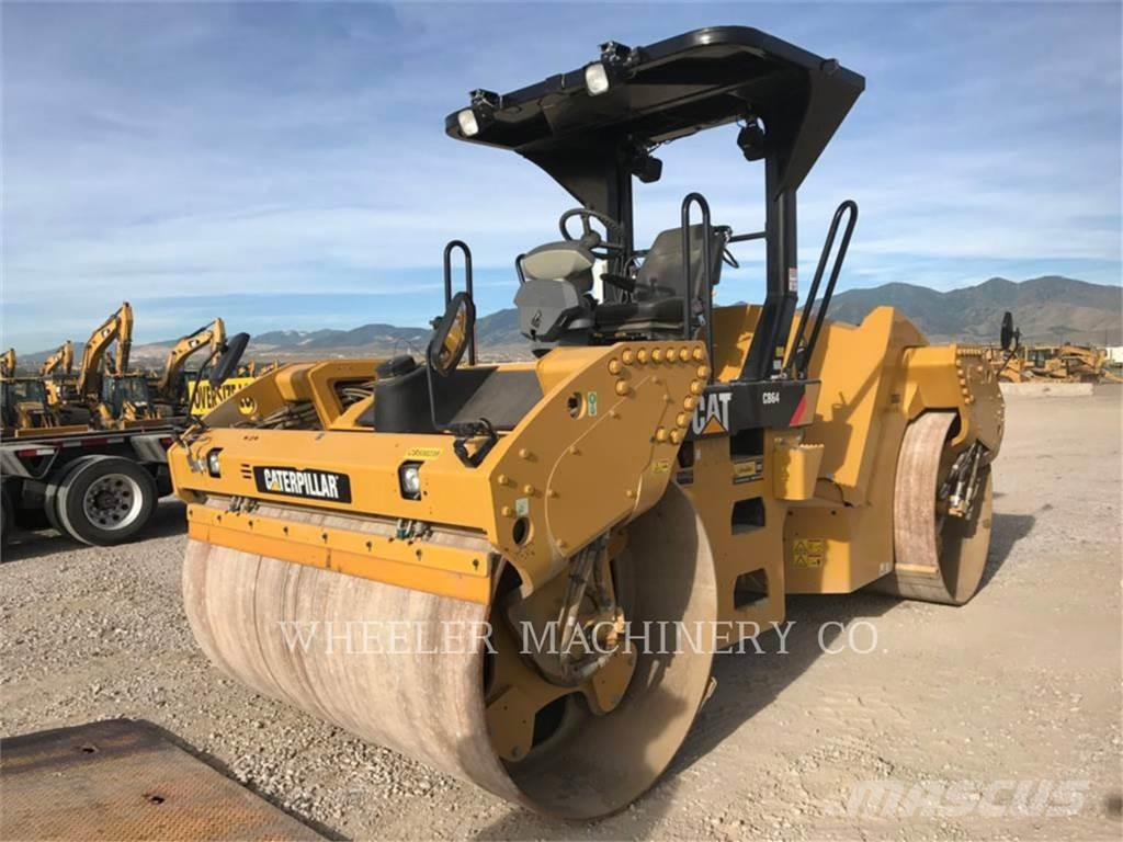 Caterpillar CB64